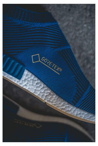 official photos 7053b 9779c 防水透氣的GORE-TEX® 鞋面加上舒適好穿的靴底設計,雨天戶外行程都隨心所欲。