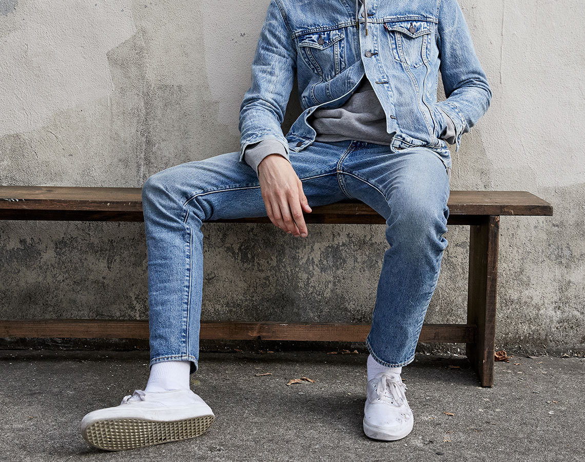 Shop Levi's 501 Jeans For As Low As HK